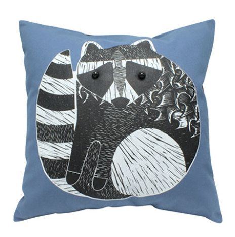 Raccoon cushion cover with insert